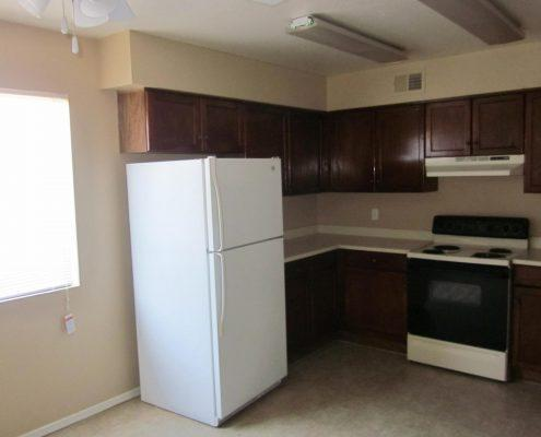 Myrtle Manor Full-size Appliances
